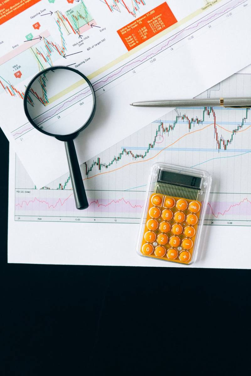 How to Pick and Sell Stocks for Long-term Profits According to The Near Future Report!